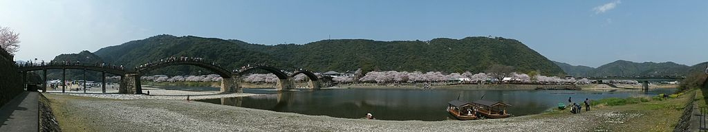 1024px-Kintaikyou_bridge